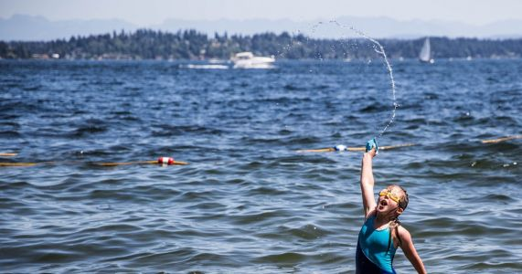 Record heat hits Seattle, plus Trump and Putin meet in Helsinki | Monday Morning Brief, July 16