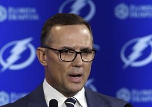 Red Wings name Steve Yzerman general manager