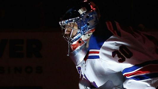 Rangers' Henrik Lundqvist climbs career wins list, now sixth all-time with win over Bruins