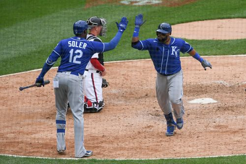 Bullpen woes cost the Chicago White Sox again in a 4-3, 10-inning loss to the Kansas City Royals