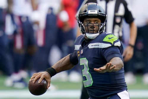Seahawks vs. Cowboys line, prediction: This will be a shootout