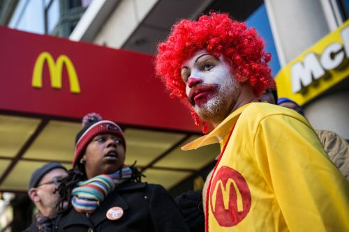 If you say 'cancelled clown' three times in Burger King restrooms in Sweden, the lights dim and Ronald McDonald appears in the mirror