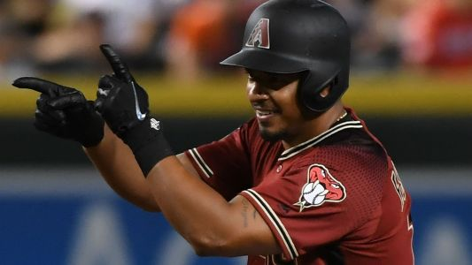 Diamondbacks, Eduardo Escobar agree to 3-year contract extension