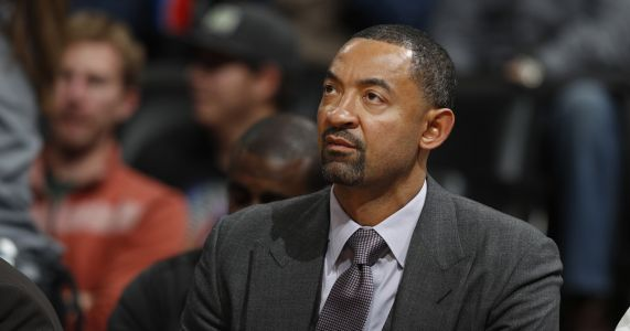 AP Source: Michigan hires Juwan Howard as basketball coach