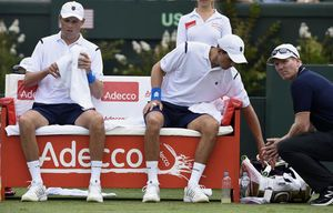 Bryan brothers announce retirement from Davis Cup