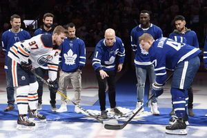 McElhinney makes 41 saves, Maple Leafs beat Oilers 1-0