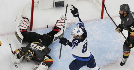 Laine scores 2 goals, Jets beat Golden Knights 6-3