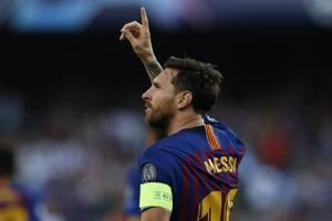 Messi hat trick gives Barcelona opening Champions League win
