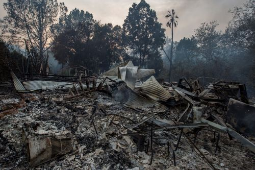 Firefighters brace for second week of California wildfires