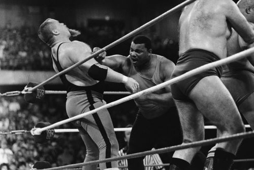 Wrestling legend, Jim 'The Anvil' Neidhart, dead at 63