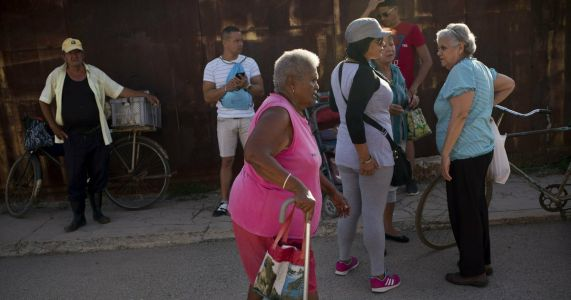 Shortages hit Cuba, raising fears of new economic crisis