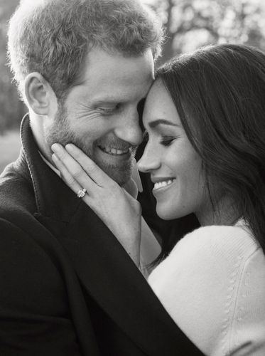 Take a look at Prince Harry and Meghan Markle's official engagement photos