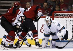 Couture helps Sharks beat Coyotes 3-1