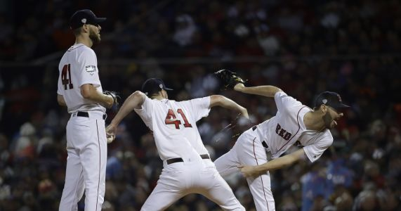 Aces out: Sale, Kershaw chased early in Series opener