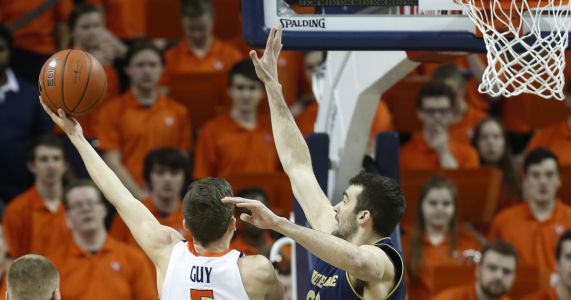 Guy, Hunter lead No. 4 Virginia past Notre Dame, 60-54