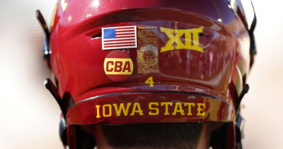 Iowa State honors slain golfer before Akron game