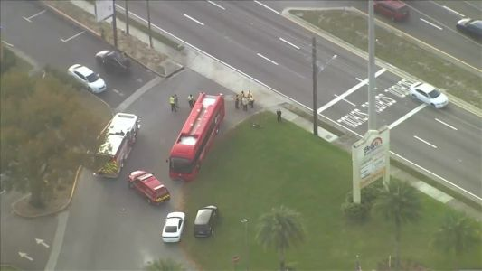 10 people hospitalized after crash involving Lynx bus in Orange County