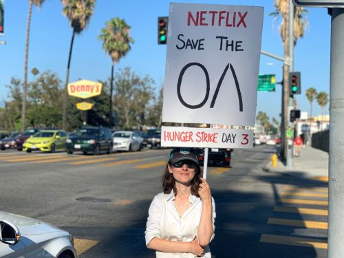 'The OA' fans are staging protests outside Netflix headquarters to save the show, and one woman is on her 4th day of a hunger strike