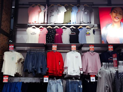 We visited Old Navy and saw why it's Gap's biggest asset