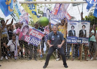 In soccer-crazed Brazil, game central to mayoral runoff