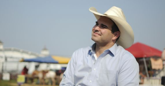 Cowboy turned lawmaker hopes to be South Dakota governor