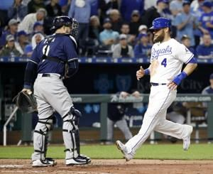 Cain homers in return to KC as Brewers beat Royals 5-2