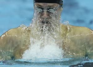 US swimmers set world record at short-course championships