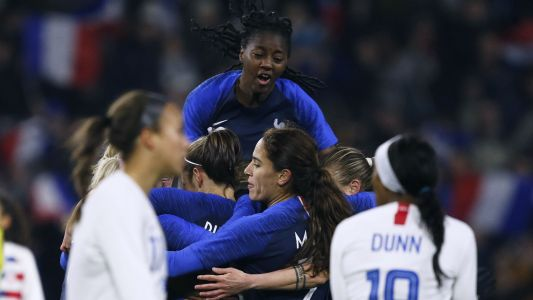 USWNT starts 2019 with 3-1 loss to France