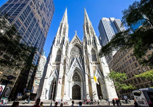 Man arrested with gas cans, lighters at St. Patrick's Cathedral in New York