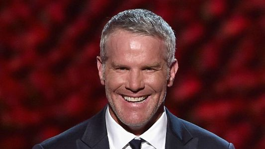Brett Favre bombs 'Monday Night Football' audition, report says