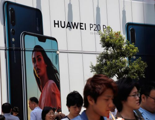 Here's why it's so hard to buy Huawei devices in the US