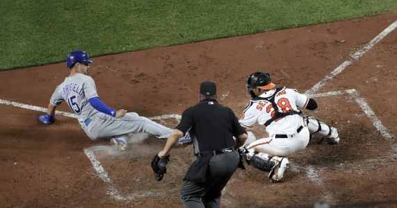 Lopez, Dini HRs carry Royals past skidding Orioles 5-4