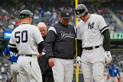 Aaron Judge injury mars Yankees' beatdown of Royals