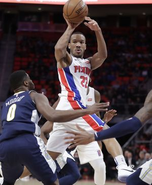 Jamal Murray scores 28, Nuggets rout slumping Pistons