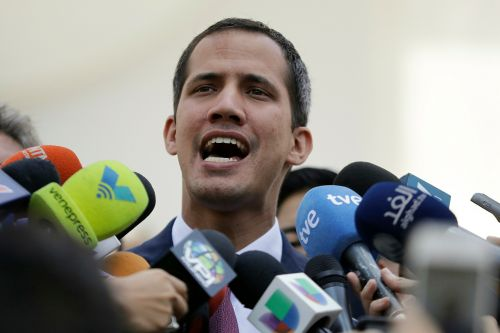 Venezuelan intelligence agents detain key aide to Juan Guaidó