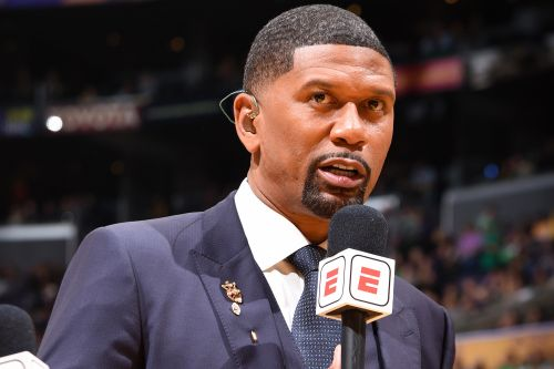 Jalen Rose breaks down in tears on ESPN paying tribute to late mom