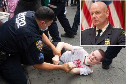 NYPD removed 'troublemakers' from George Floyd protests in Manhattan