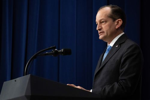 White House 'looking into' Alexander Acosta's prosecution in billionaire pedophile case