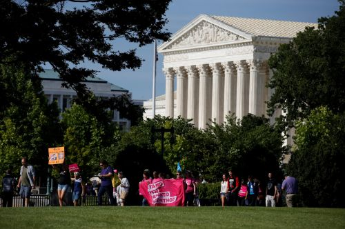 Supreme Court refuses to take up states' case to defund Planned Parenthood