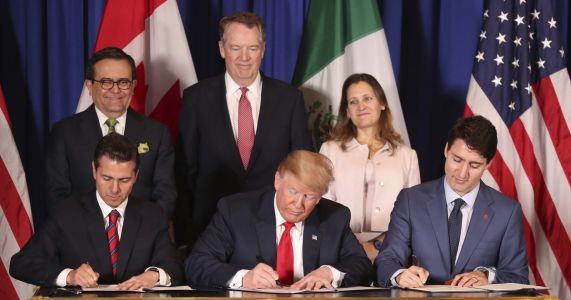 Commission: New NAFTA would deliver modest economic gains
