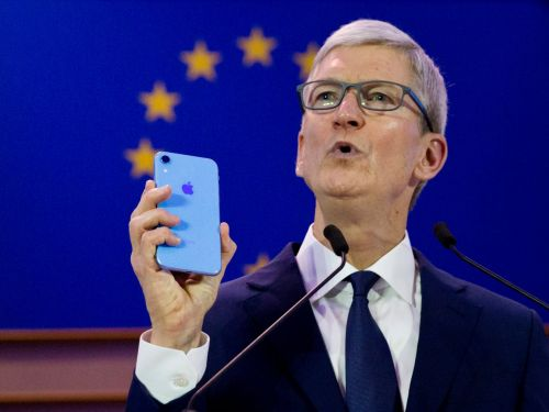 Apple CEO Tim Cook blasted the invisible 'shadow economy' that profits off your information