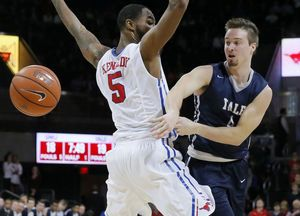 Expelled Yale captain has enrolled at Belmont University