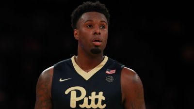 Pittsburgh's Jamel Artis explodes for 43 points in loss to Louisville