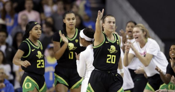 Sabrina Ionescu hits another milestone and leads No. 3 Oregon past No. 7 UCLA