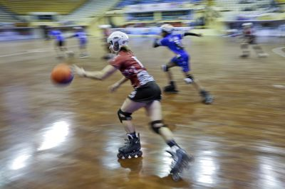 Bangladesh rolls out welcome for unusual sport on skates