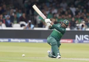 Pakistan stay in semis hunt crushing South Africa at Lord's