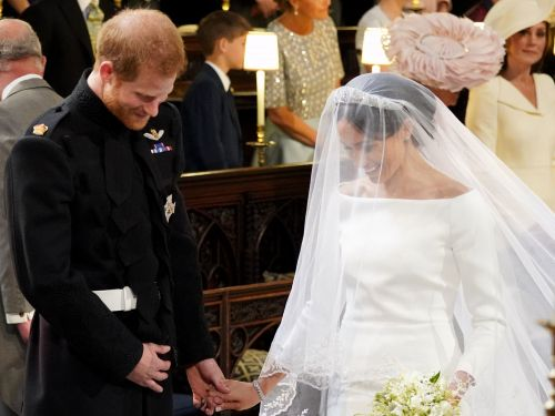 Prince Harry asked Meghan Markle if she was OK when she reached the altar, and now we're crying