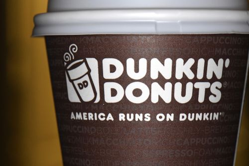 Dunkin' removes sign asking patrons to report workers not speaking English