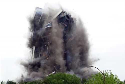 Shuttered steelmaker's 21-story headquarters implodes