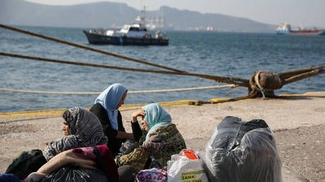 Greece plans tougher asylum rules to cope with surge in migrant arrivals